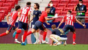 Luis Suárez celebrando un gol a favor del Atlético de Madrid