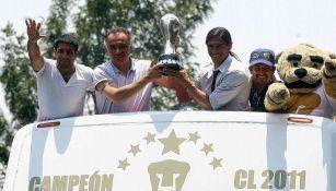 El festejo de Pumas tras el título del Clausura 2011