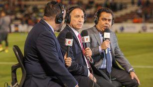 Mario Carrillo durante una transmisión de ESPN
