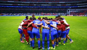 Jugadores del Cruz Azul previo a Semifinal de Vuelta