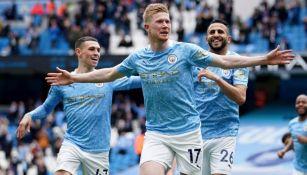 Jugadores del Manchester City festejando un gol a favor