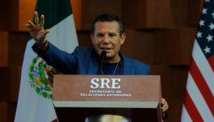 Julio César Chávez en conferencia