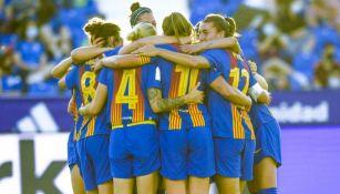 Jugadoras del Barcelona Femenil celebrando un gol a favor