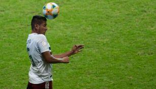 Luis Romo en acción con Selección Mexicana