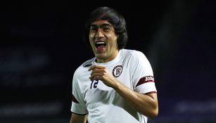 Shaggy Martínez sonríe en calentamiento de La Máquina