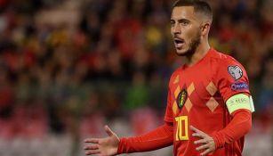 Hazard durante un juego con Bélgica