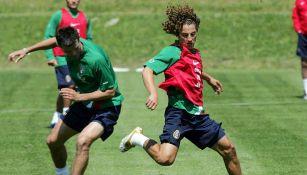 Andrés Guardado en un entrenamiento con el Tri previo a Alemania 2006