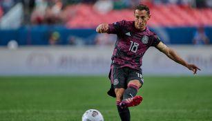Andrés Guardado en el México vs Costa Rica