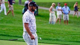 Jon Rahm tuvo que abandonar el PGA Memorial tras dar positivo a covid-19