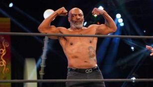 Mike Tyson en pelea