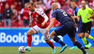 Christian Eriksen en acción ante Finlandia