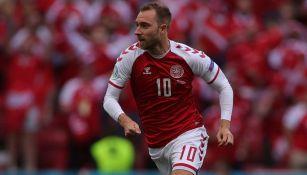 Christian Erikse durante un duelo con Dinamarca
