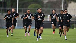 Rogelio Funes Mori en entrenamiento de la Selección Mexicana