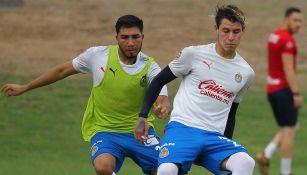 Chicote Calderón en pretemporada con Chivas