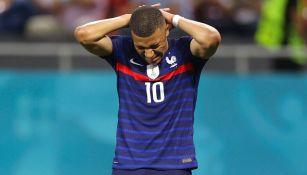 Eurocopa 2020: Pelé consoló Kylian Mbappé, tras eliminación ante Suiza