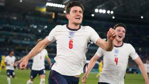 Harry Maguire en festejo con Inglaterra