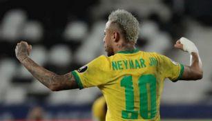 Neymar en victoria vs Perú