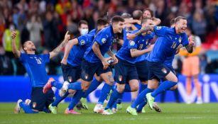 Italia en festejo de gol