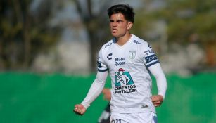Bruce El-Mesmari durante un partido con Pachuca Sub 20