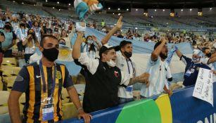 Aficionados argentinos en el Maracaná