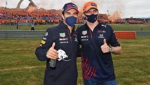 Checo Pérez y Max Verstappen previo a un Gran Premio