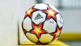 'Pyrostorm', nuevo balón oficial de la Champions