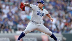 Julio Urías, en acción con los Dodgers