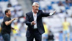Javier Aguirre en empate vs Puebla