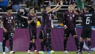 El Tri festeja un gol ante Guatemala