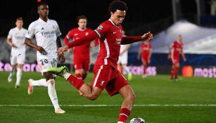 Premier League: Alexander Arnold es renovado con el Liverpool