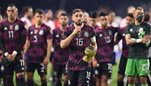 HH tras recibir su premio a mejor jugador de la Copa Oro
