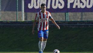 Gilberto Orozco en un partido con la Sub 20 de Chivas