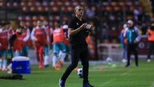 Héctor Altamirano tras la derrota con León: ' Me gustó la personalidad del equipo que jugó mucho tiempo con un hombre menos'