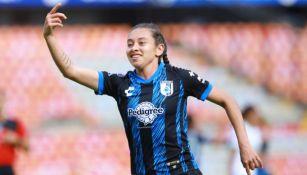 Jaquelín García tras anotar gol con Querétaro