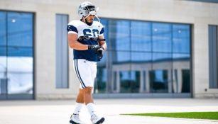 Isaac Alarcón en una práctica de los Cowboys