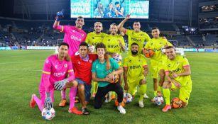 Jugadores de la Liga MX en festejo en el All-star Skillls Challenge