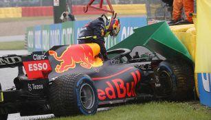 Checo Pérez no corrió en el Gran Premio de Bélgica tras despiste en vuelta previa