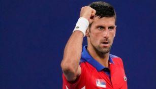 Novak Djokovic en el juego de tenis mixto
