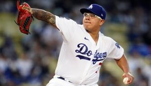 Julio Urías con los Dodgers