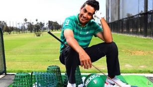 Jorge Campos después de jugar golf