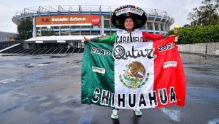 Team Caramelo presente en las inmediaciones del Estadio Azteca