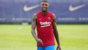 Emerson Royal durante entrenamiento con el Barcelona