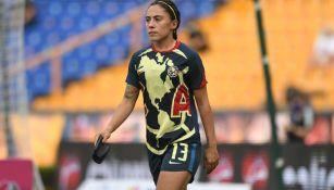 Eva González antes de un partido