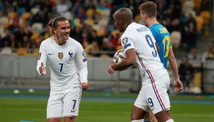 Francia, en festejo de su anotación
