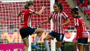 Alicia Cervantes y Jaramillo festejando el gol a favor ante Atlas