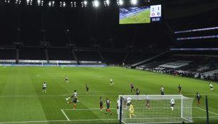 Tottenham Hotspur Stadium durante partido