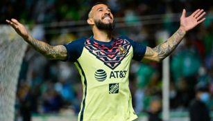 Emanuel Aguilera tras marcar ante León