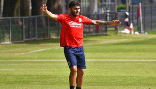Vega, en entrenamiento de Chivas