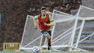 Cristian Cedrés durante un entrenamiento con Las Palmas