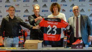 David Luiz en su presentación con el Flamengo